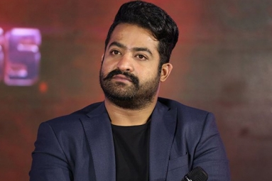 Tarak walks out of Bigg Boss