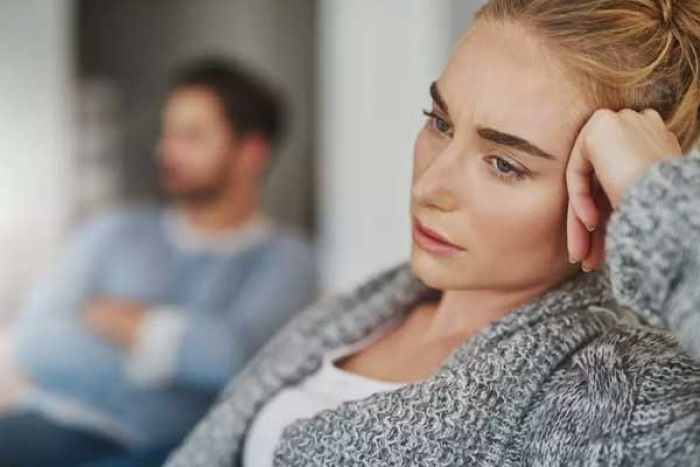 Subtle Yet Effective Signs That He's Unhappy in the Relationship